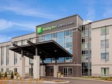 Holiday Inn Express & Suites Saint - Hyacinthe in Saint - Hyacinthe, Quebec