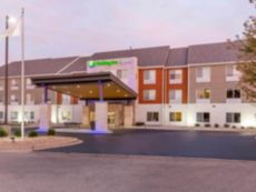 Holiday Inn Express & Suites Chicago West - St Charles in Aurora, Illinois