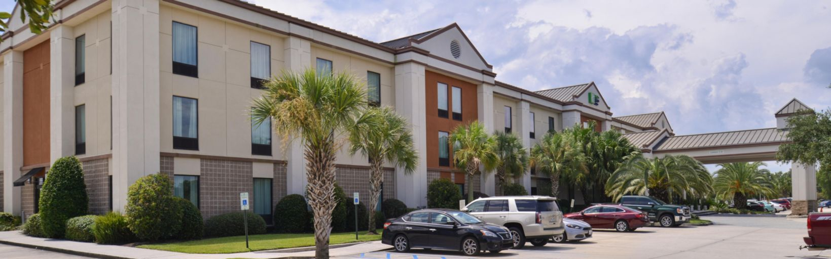 Holiday Inn Express & Suites New Orleans Airport South Hotel by IHG
