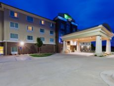 Holiday Inn Express & Suites Salina in Salina, Kansas