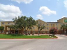Holiday Inn Express & Suites San Antonio-Airport North