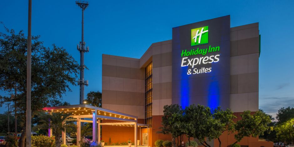 Holiday Inn Express Suites San Antonio Medical Ctr North Hotel In