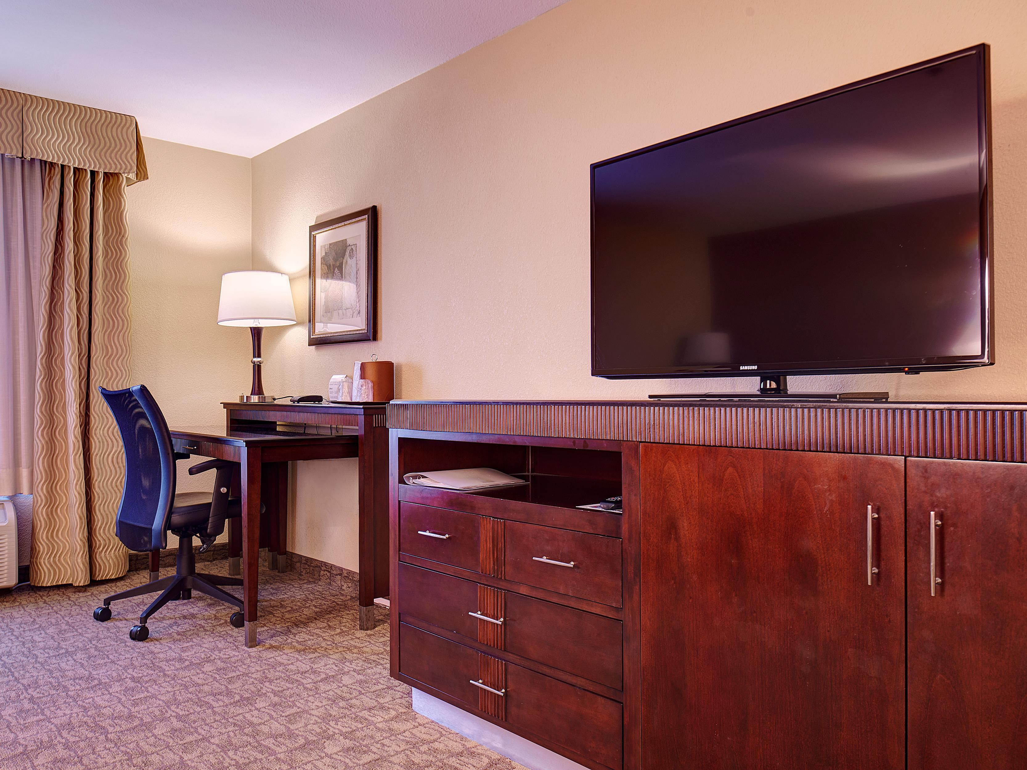 All rooms feature a microwave, fridge, and work desk.