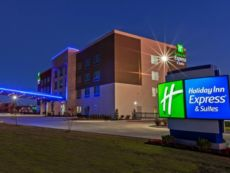 Holiday Inn Express & Suites Tulsa West - Sand Springs in Tulsa, Oklahoma