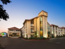 Holiday Inn Express & Suites Santa Clara - Silicon Valley in Palo Alto, California