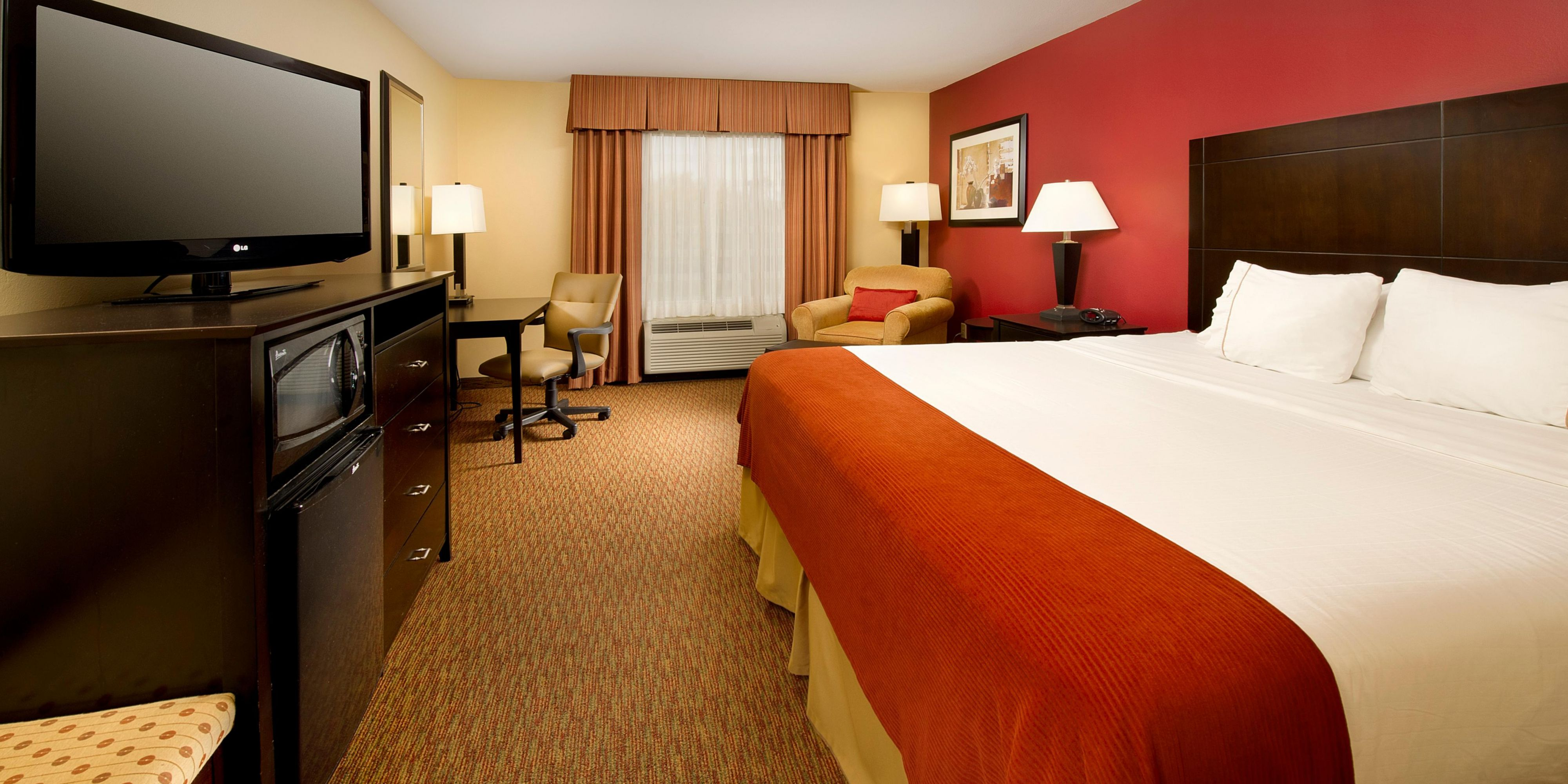 Holiday Inn Express And Suites Schererville 4129766164 2x1