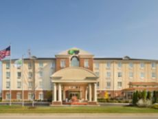 Holiday Inn Express & Suites Schererville in Valparaiso, Indiana