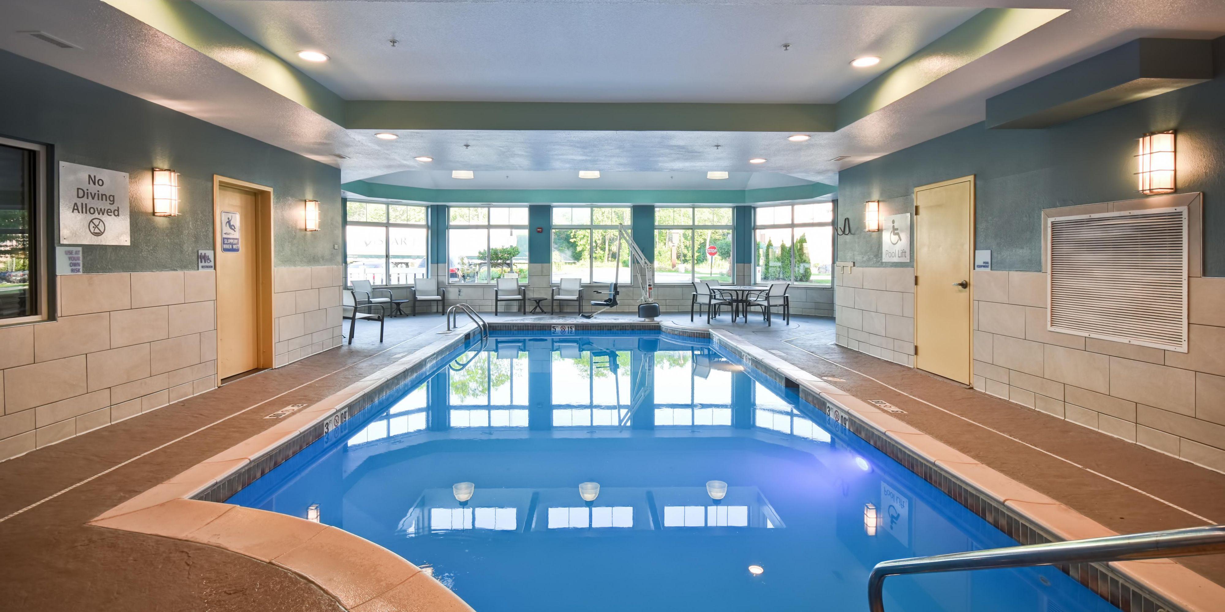Holiday Inn Express And Suites Schererville 5628727178 2x1