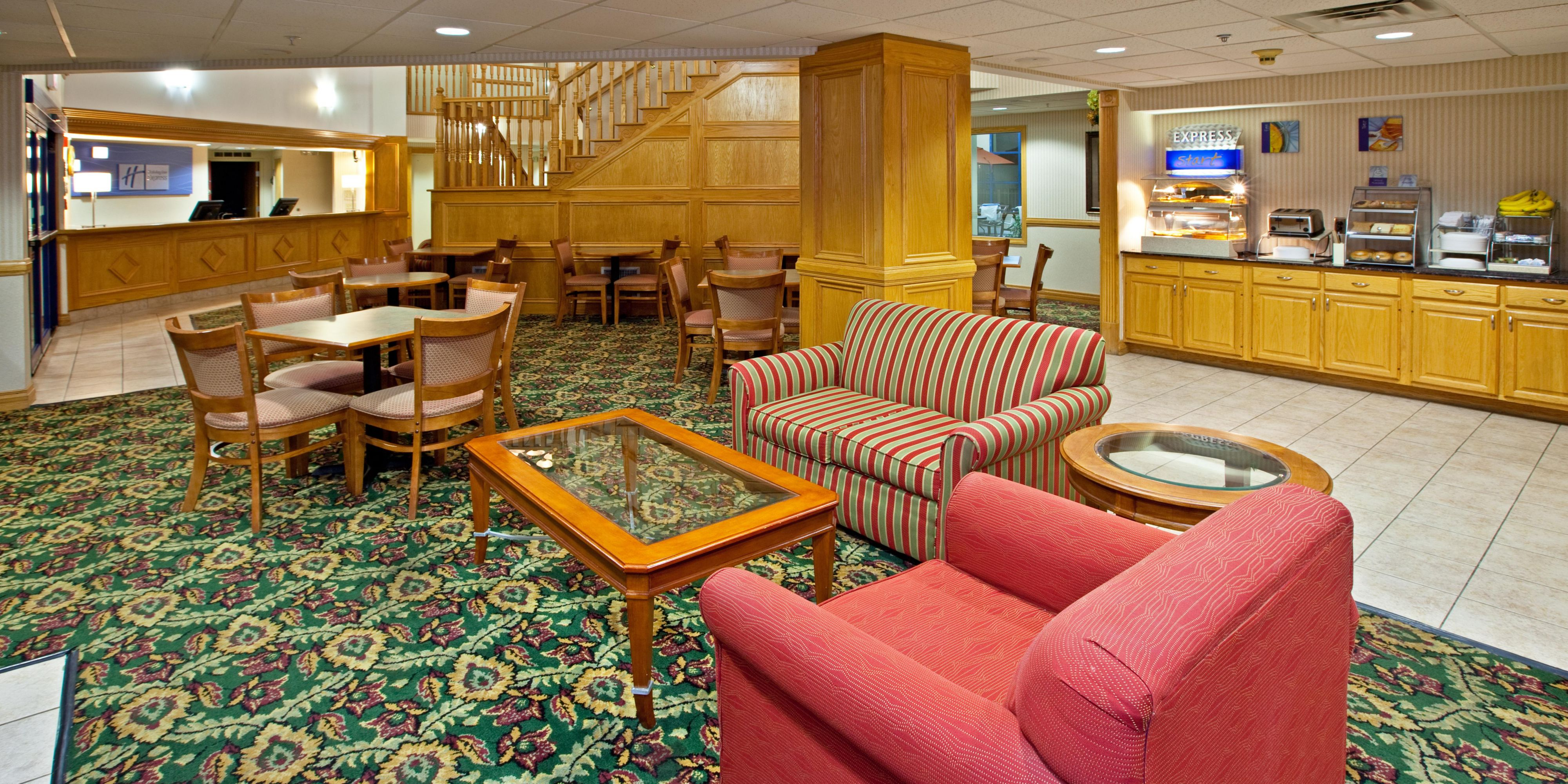 Holiday Inn Express And Suites Scottsburg 2533186277 2x1