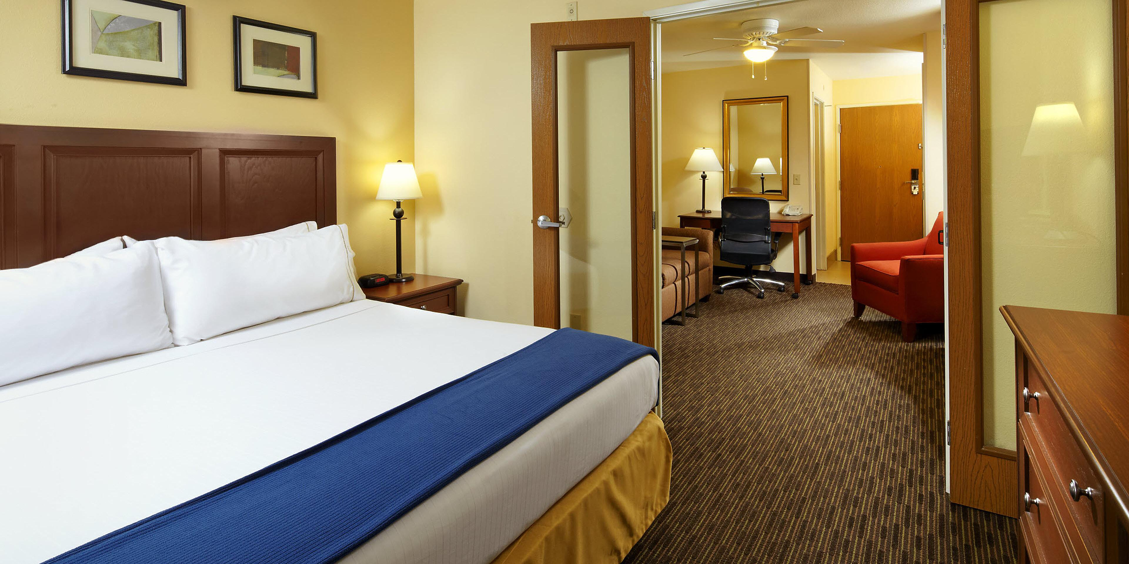 Holiday Inn Express And Suites Scottsdale 3768909579 2x1