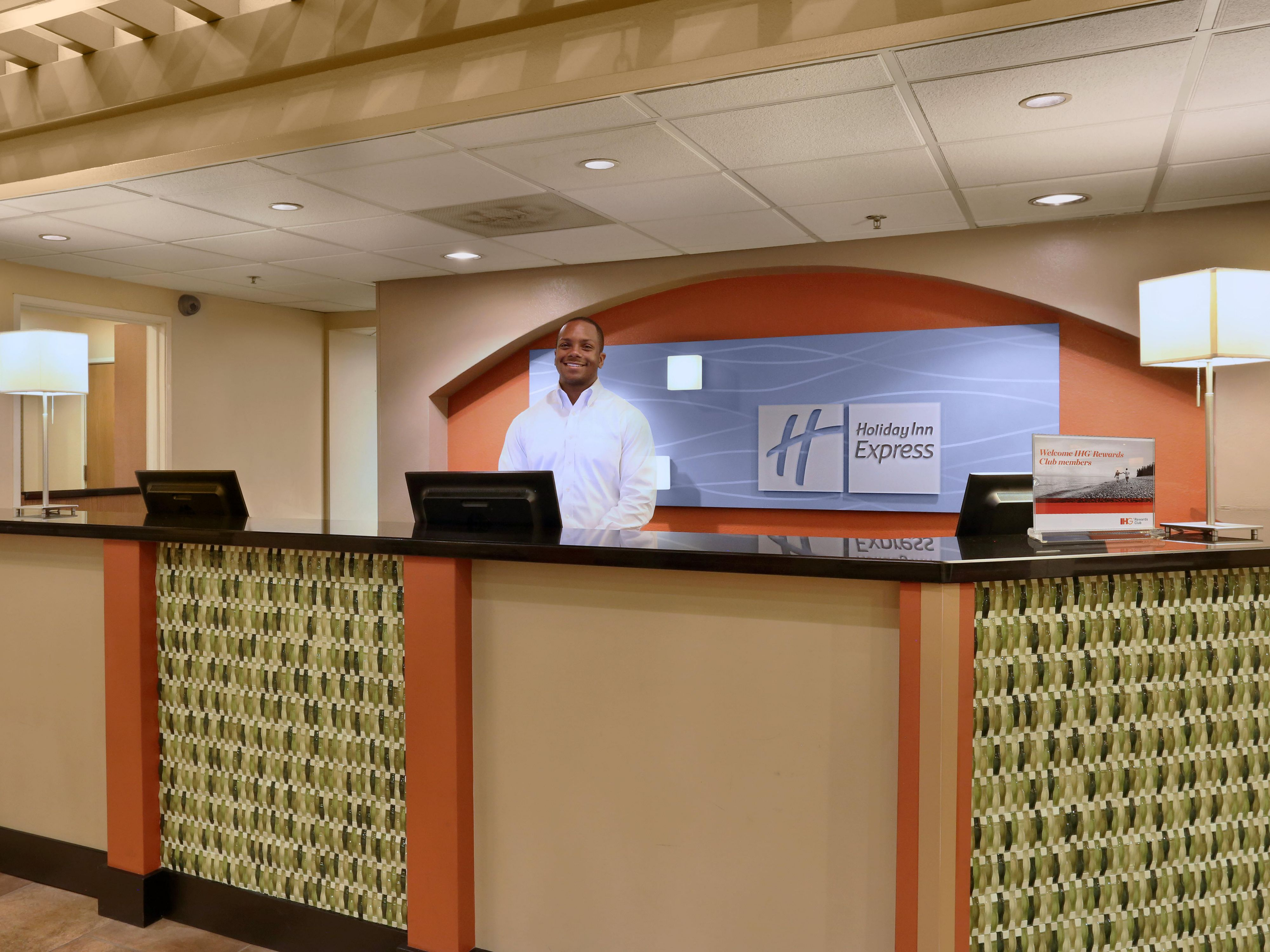 Front Desk with 24-hours Guest Services