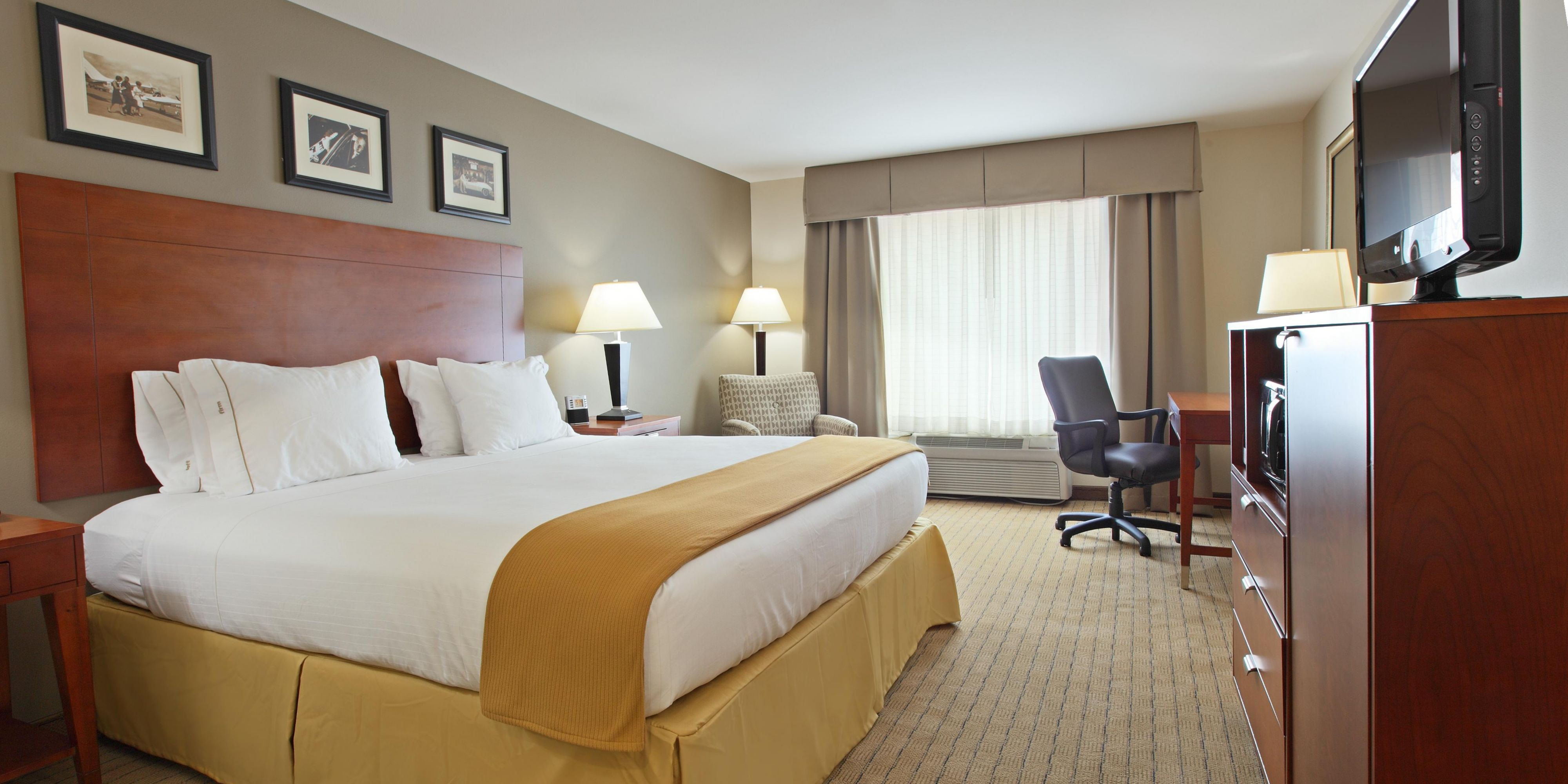Holiday Inn Express And Suites Searcy 2532976868 2x1