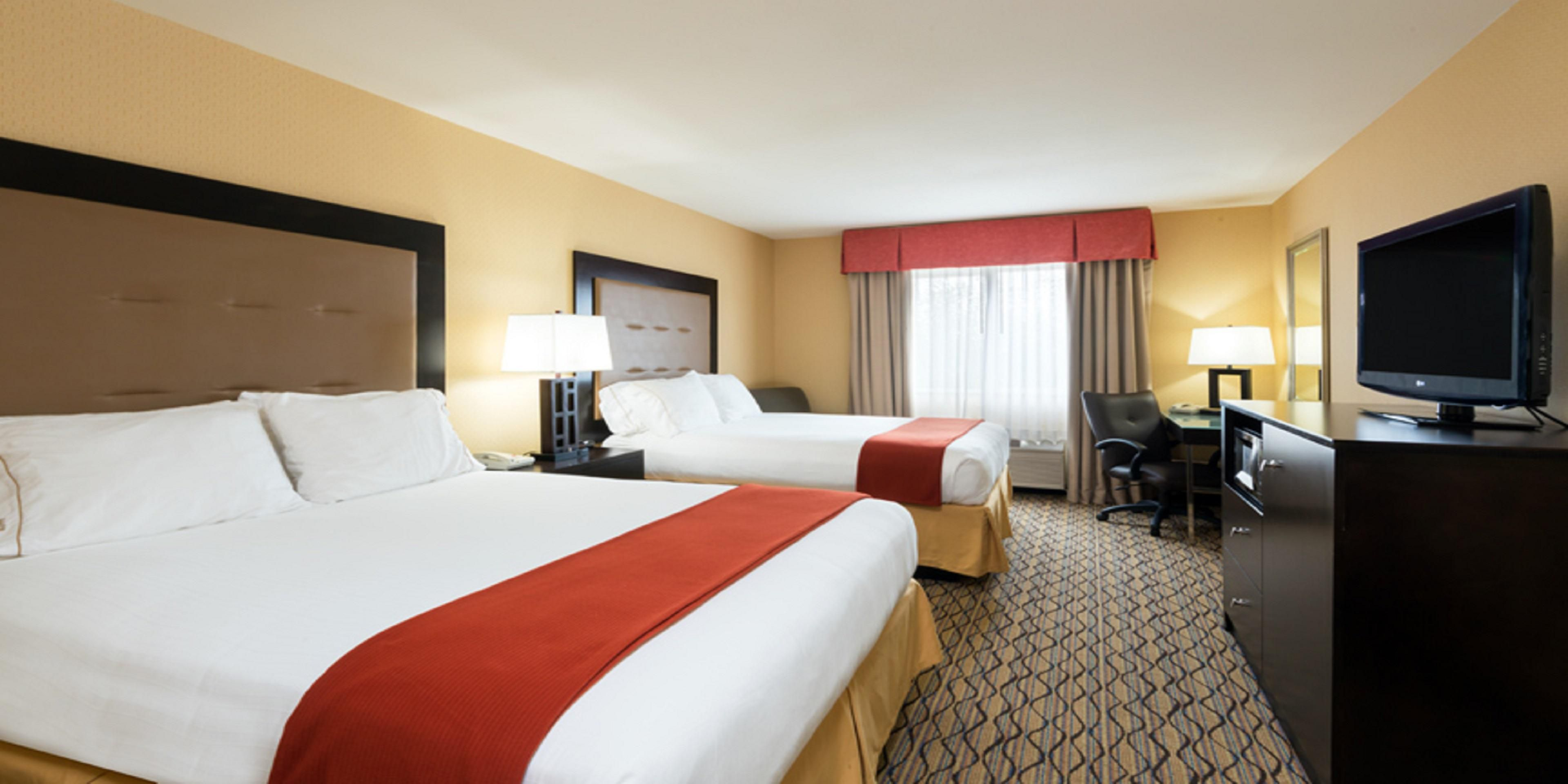 Seattle Hotel Suites 2 Bedrooms Holiday Inn Express Suites North Seattle Shoreline Hotel By Ihg
