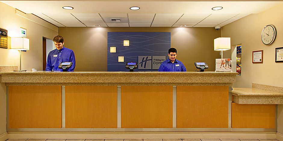 Holiday Inn Express Holiday Inn Express & Suites Seattle-City Center
