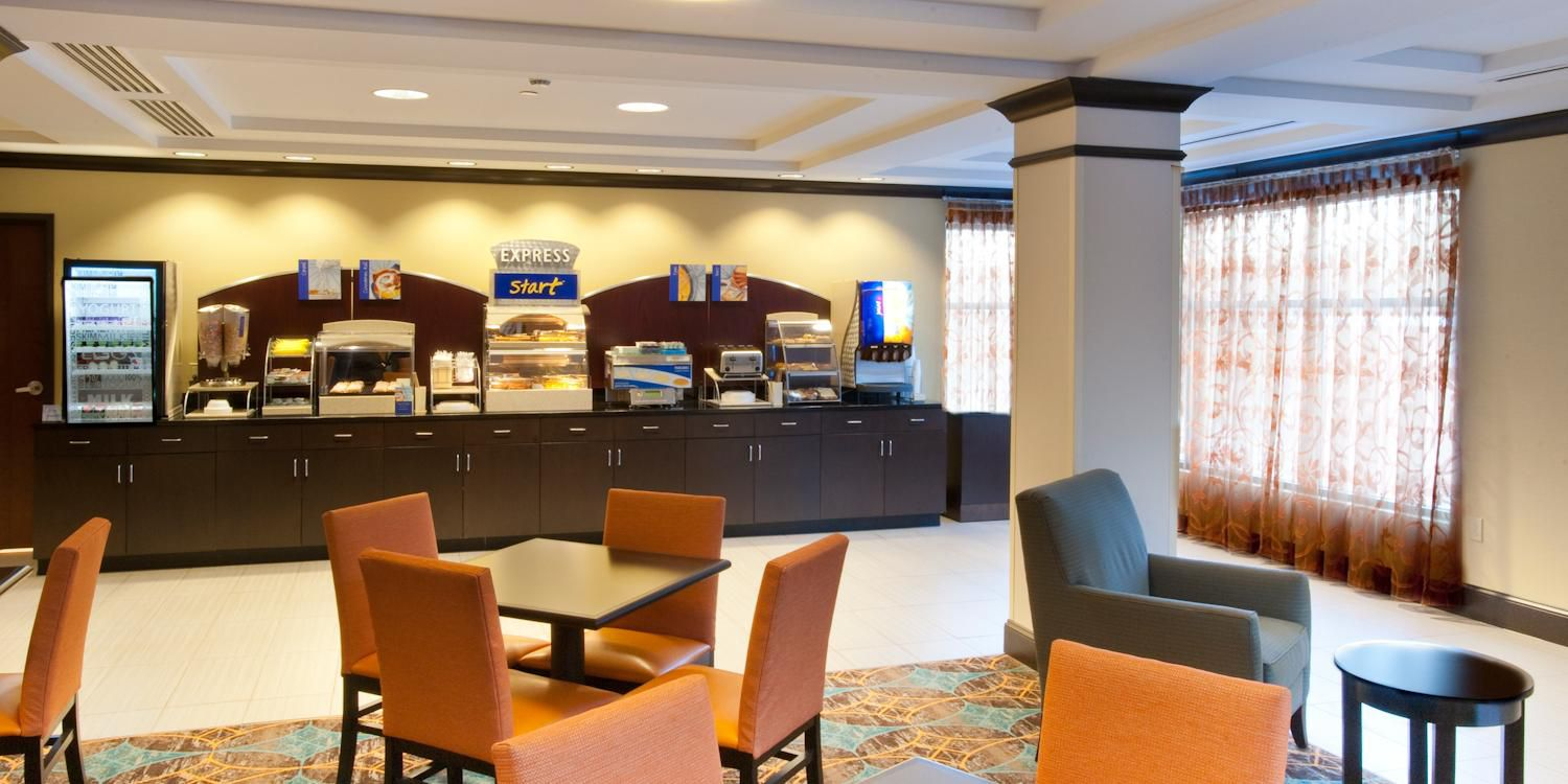Holiday Inn Express And Suites Selinsgrove 2568877634 2x1