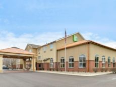 Holiday Inn Express & Suites Cincinnati-N/Sharonville in Middletown, Ohio