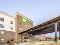 Holiday Inn Express & Suites Shawnee-Kansas City West in Bonner Springs, Kansas