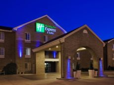 Holiday Inn Express & Suites Sioux Falls At Empire Mall in Brandon, South Dakota