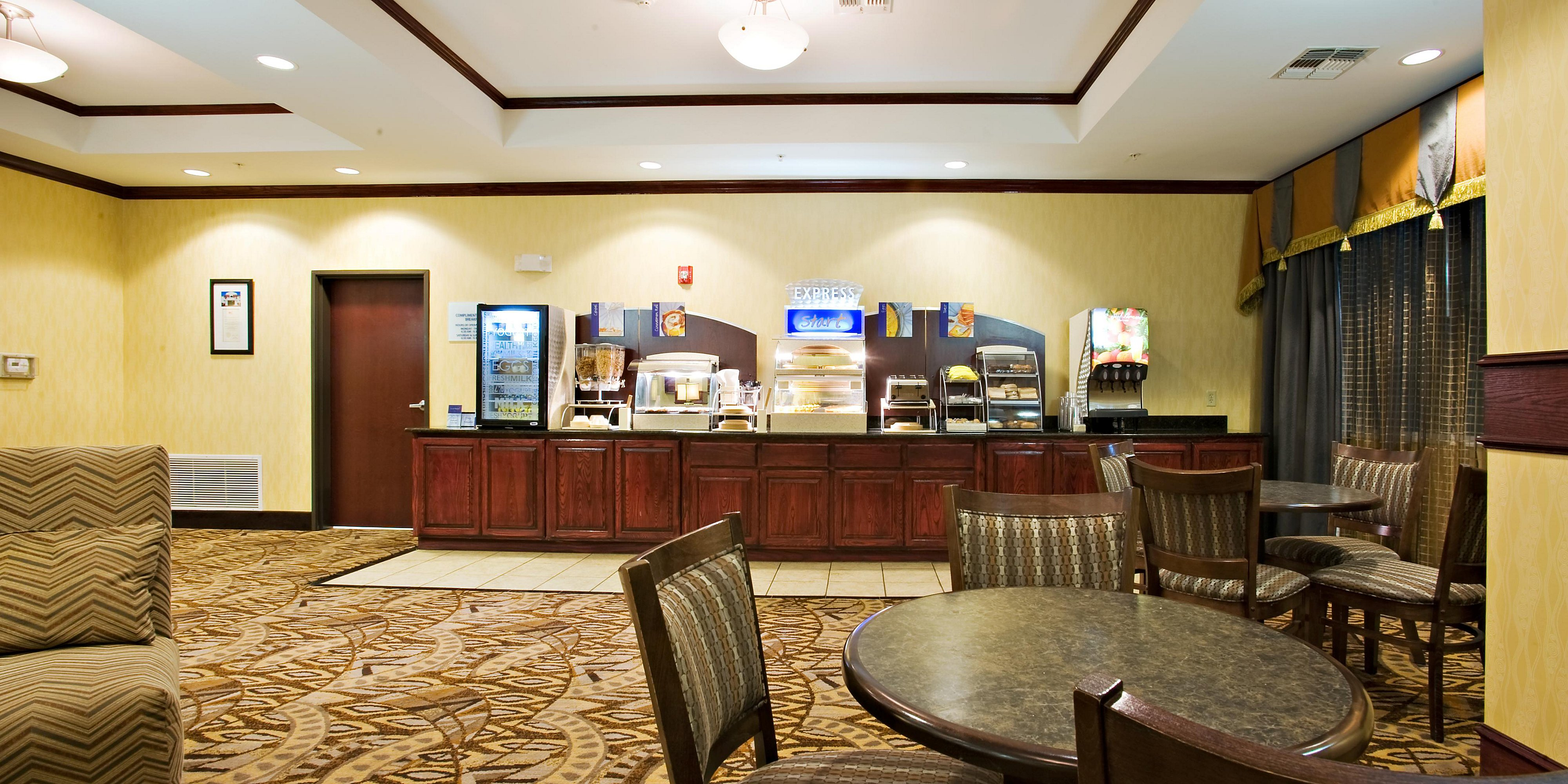 Holiday Inn Express Suites Snyder Hotel By Ihg