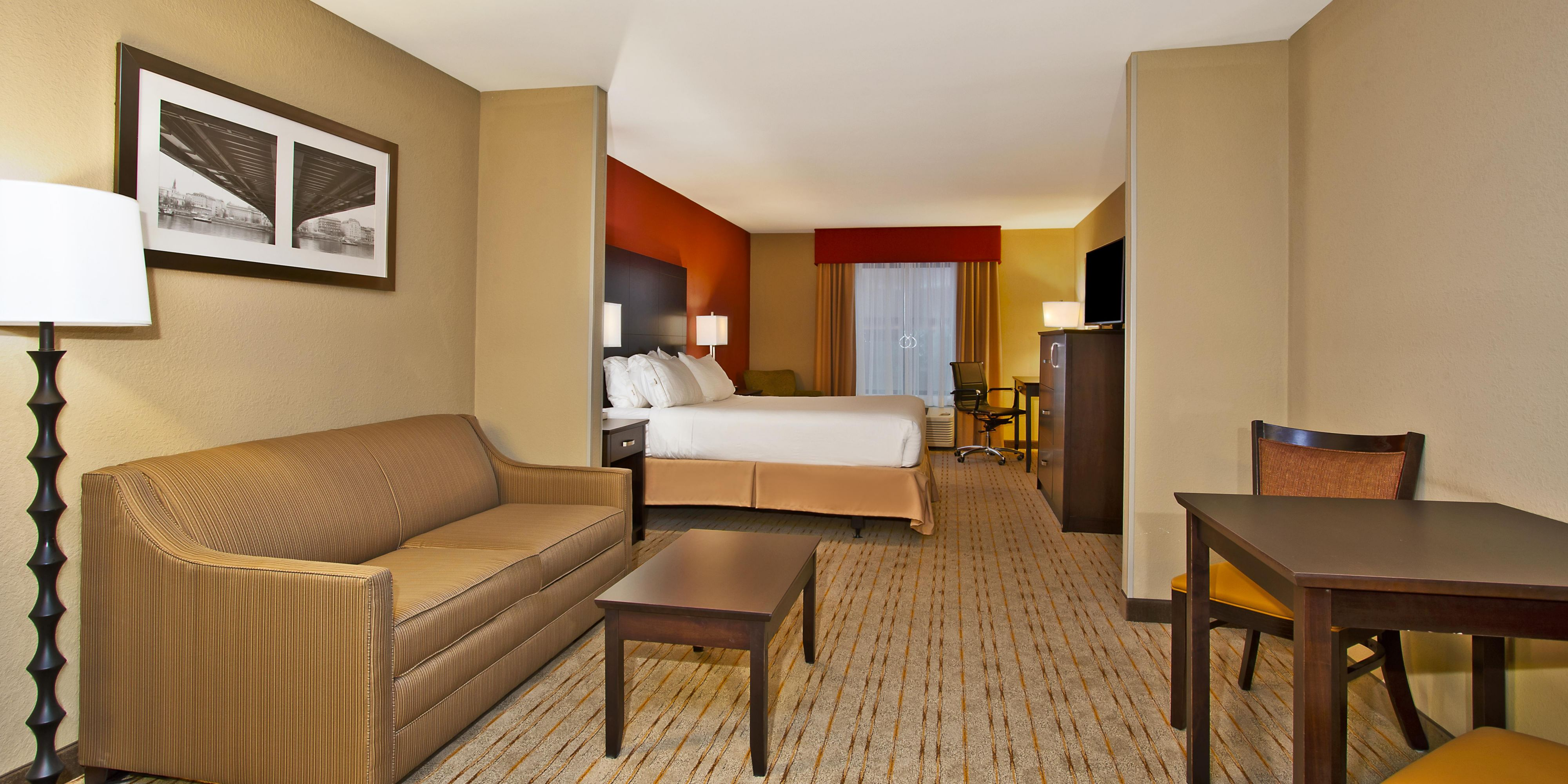Holiday Inn Express And Suites Springfield 4288247801 2x1