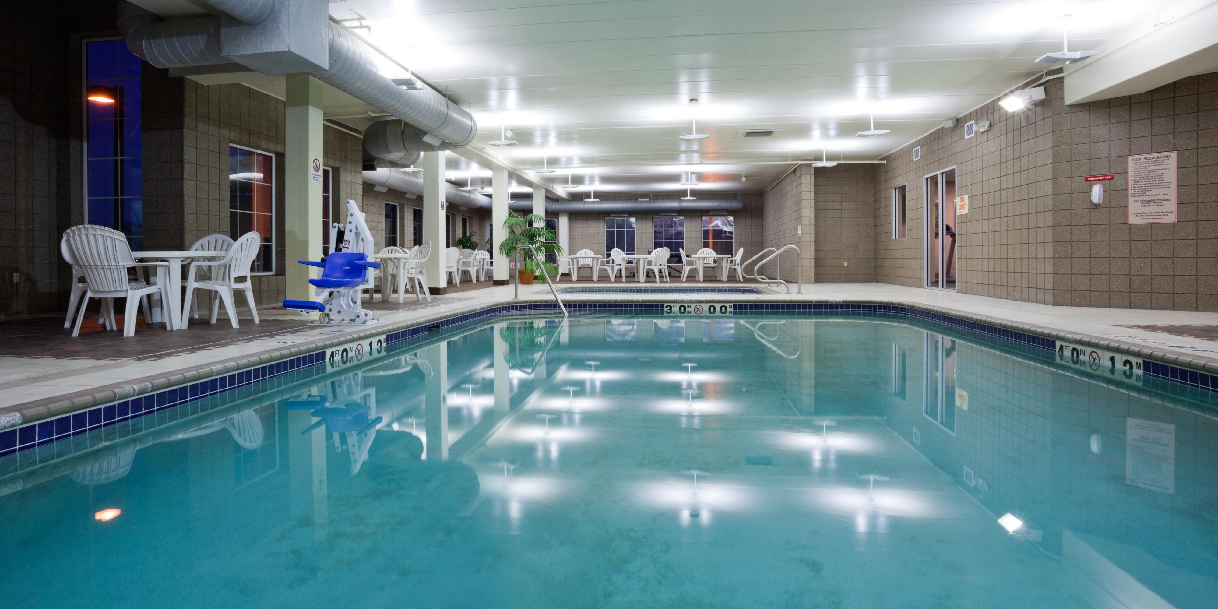 Holiday Inn Express And Suites St Cloud 3842597729