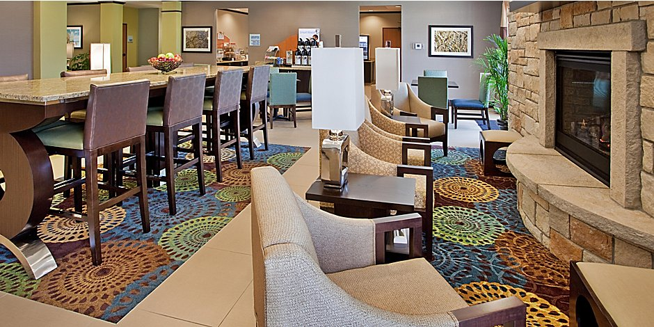 Escorts St Joseph Mo >> Holiday Inn Express Suites St Joseph Hotel By Ihg