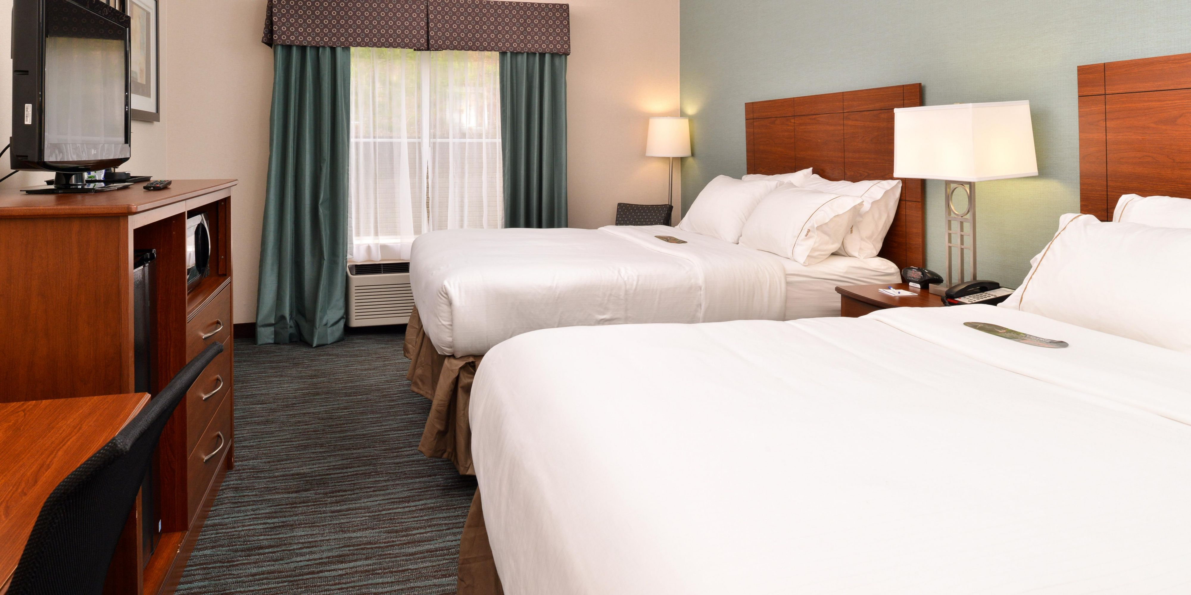 Holiday Inn Express And Suites St Marys 3986771362