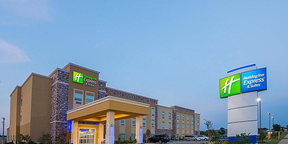 Holiday Inn Express Suites Stillwater University Area