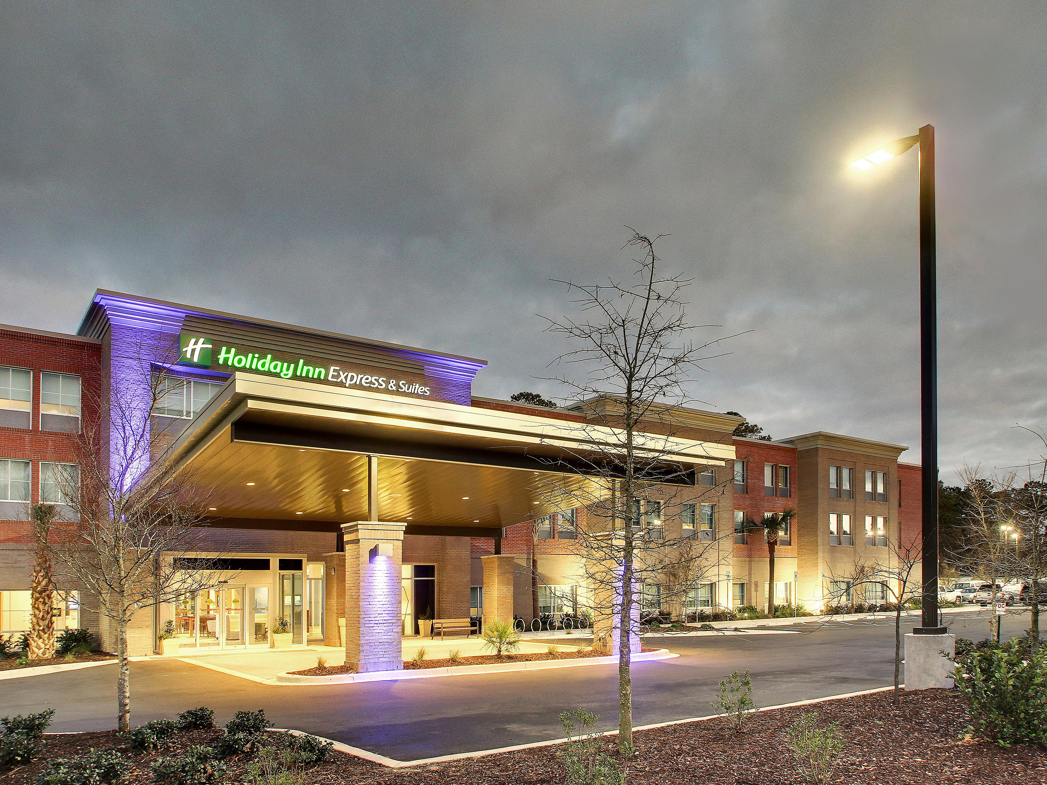 Holiday Inn Express & Suites Summerville Hotel by IHG