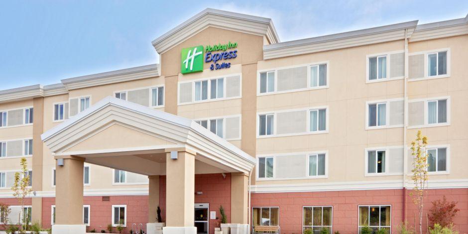 Holiday Inn Express Sumner Hotel Exterior