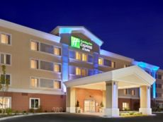 Holiday Inn Express & Suites Sumner - Puyallup Area in Seatac, Washington