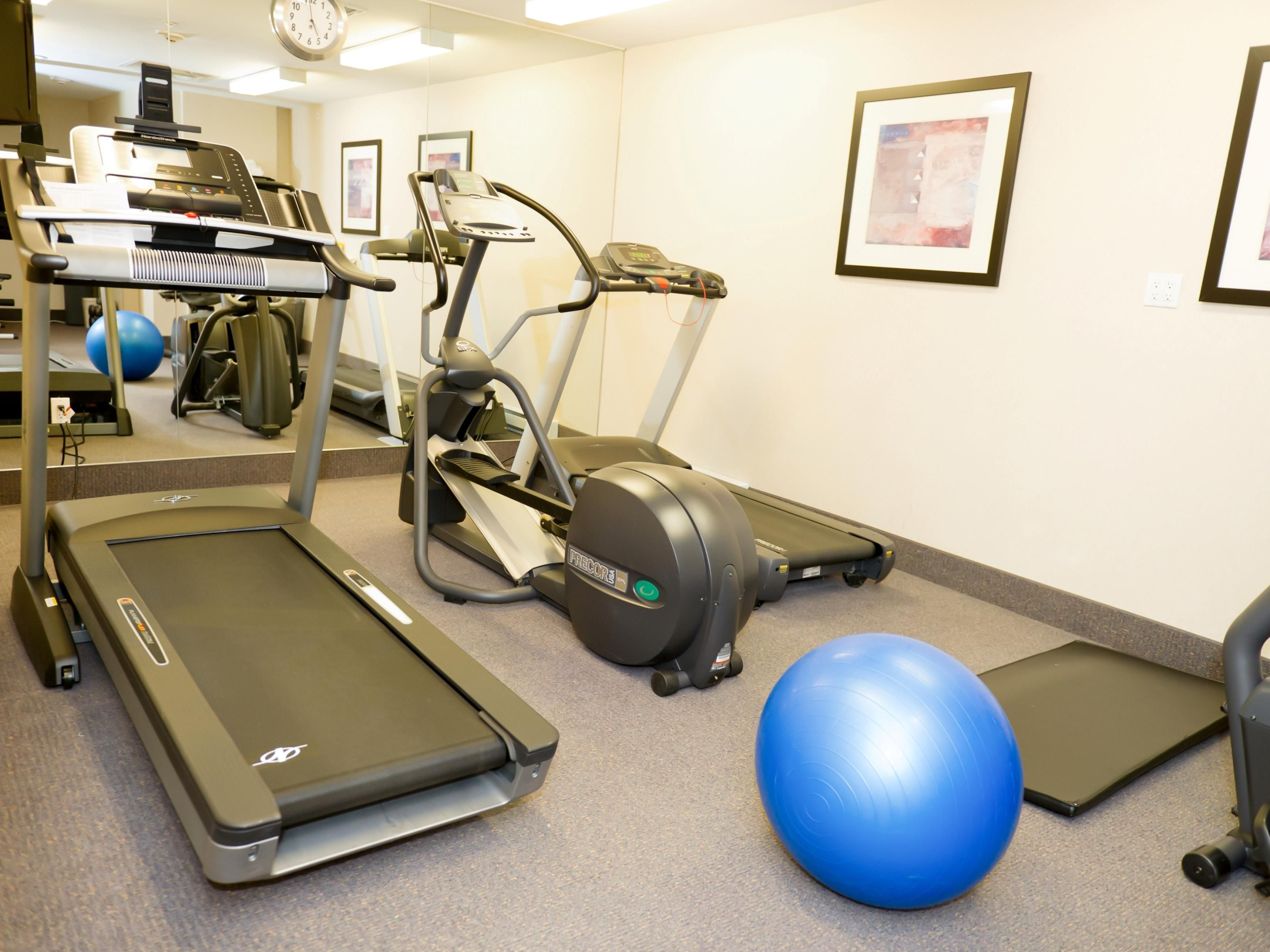 Holiday Inn Express & Suites 24 hour Fitness Center