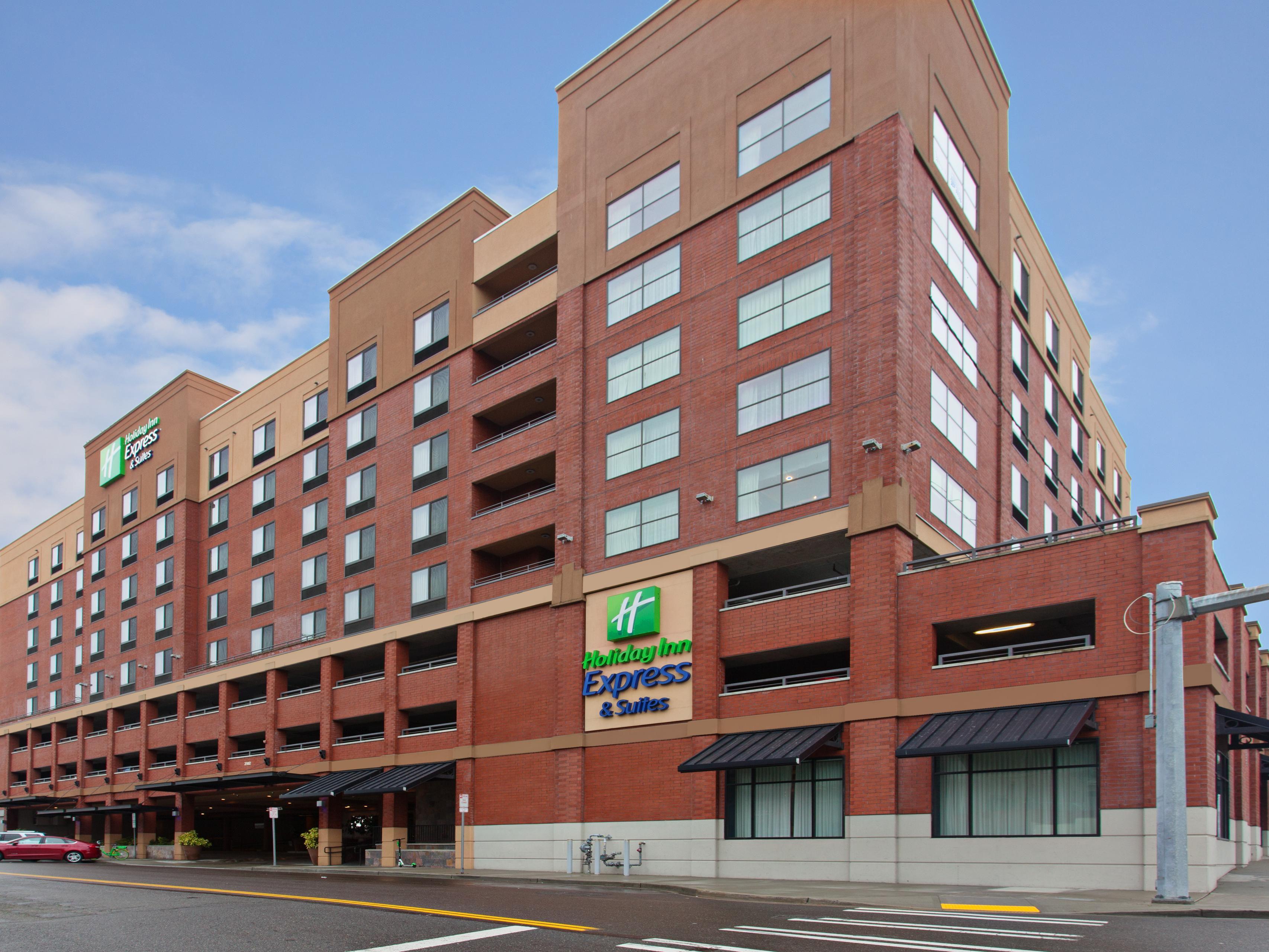 Hotels Near Tacoma Dome in Tacoma, Washington