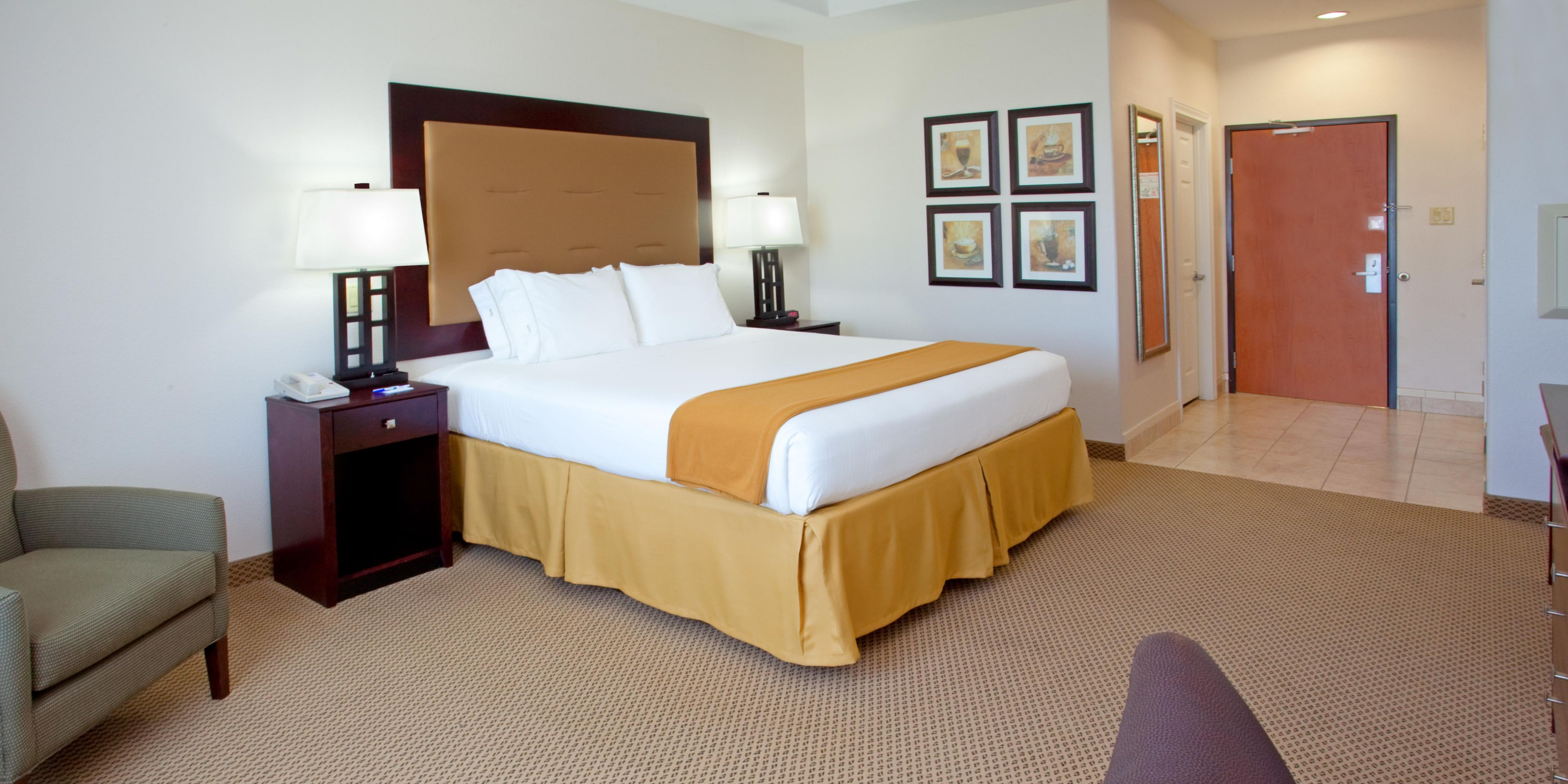 Holiday Inn Express & Suites Texas City Hotel by IHG