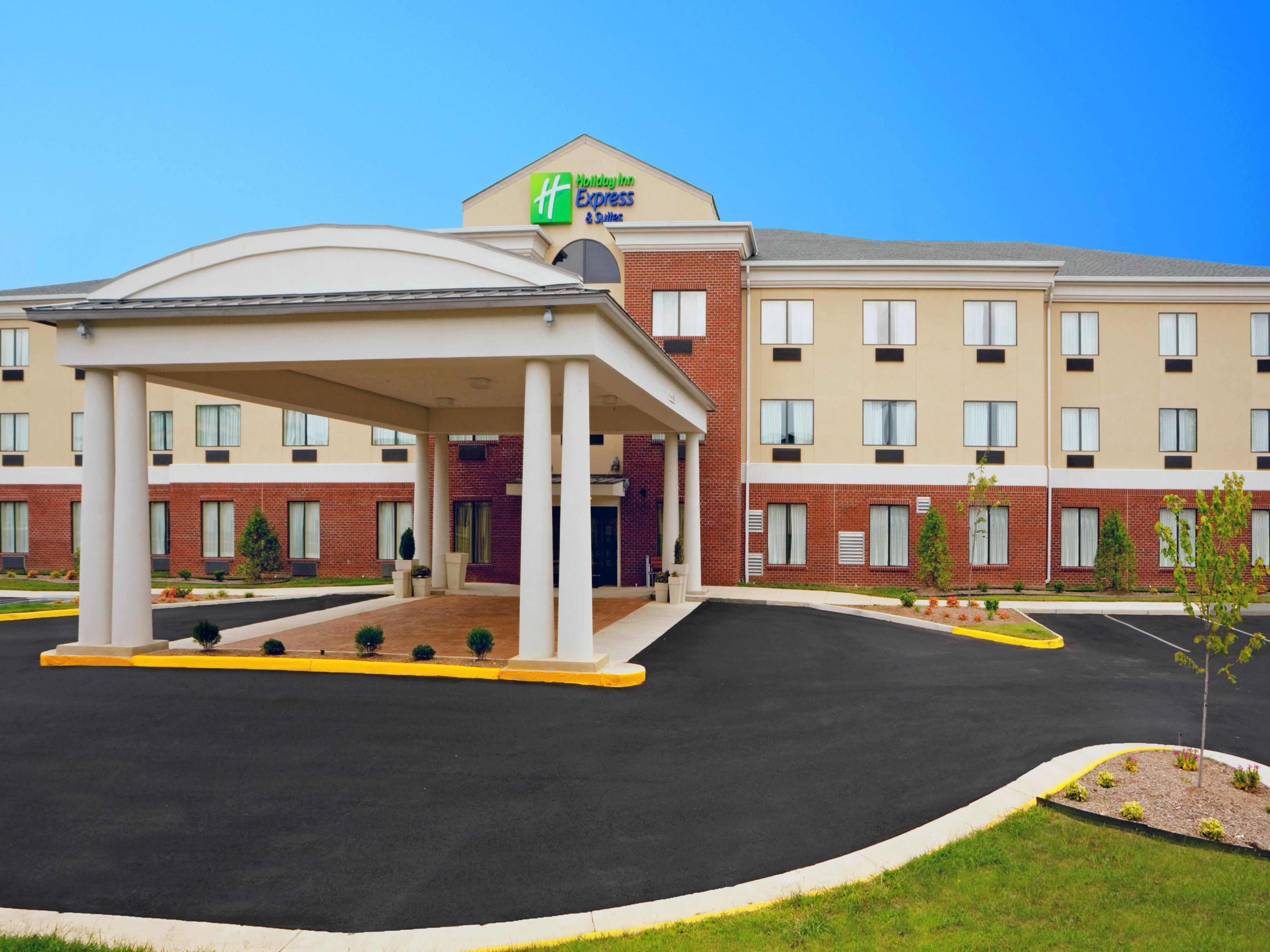 Welcome to the Brand New Holiday Inn Express & Suites