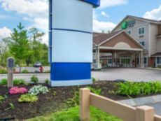Holiday Inn Express & Suites Tilton - Lakes Region in Tilton, New Hampshire