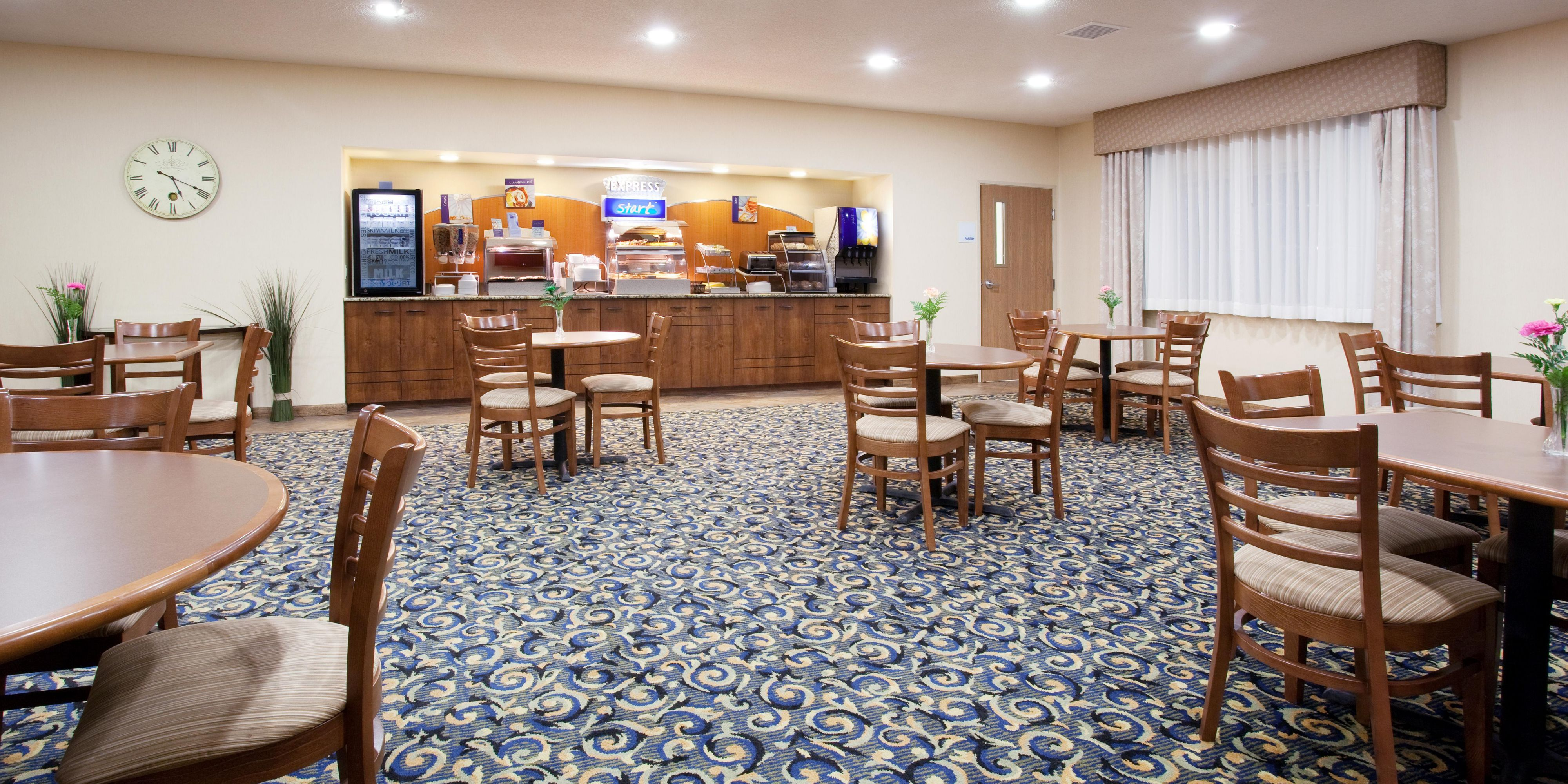 Holiday Inn Express And Suites Torrington 2533426522 2x1