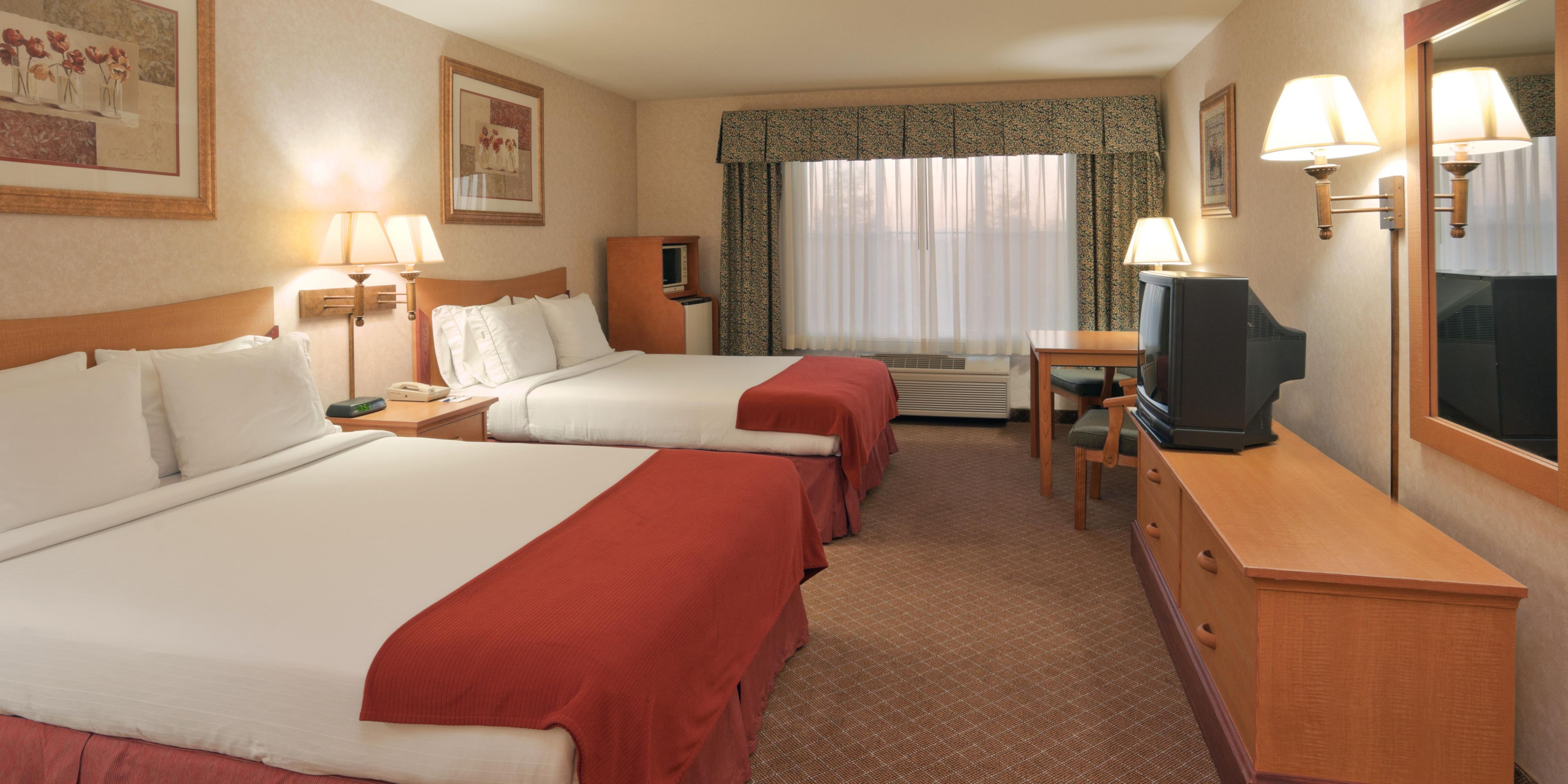 Holiday Inn Express And Suites Tracy 2532283973 2x1