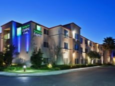 Holiday Inn Express & Suites Tracy in Tracy, California