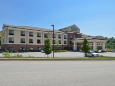 Holiday Inn Express & Suites Wheeling in St. Clairsville, Ohio