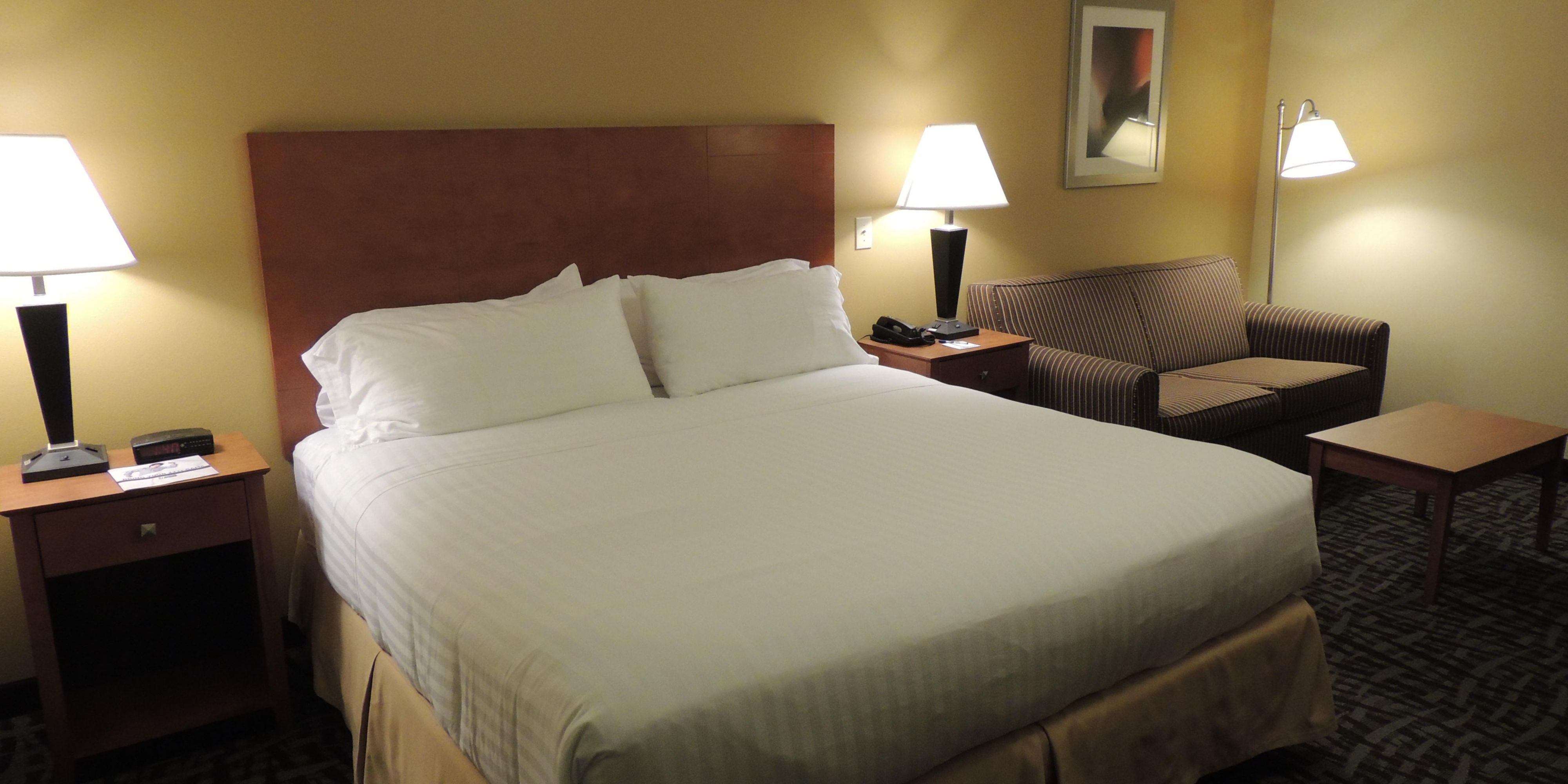 Holiday Inn Express And Suites Trussville 4917964000 2x1