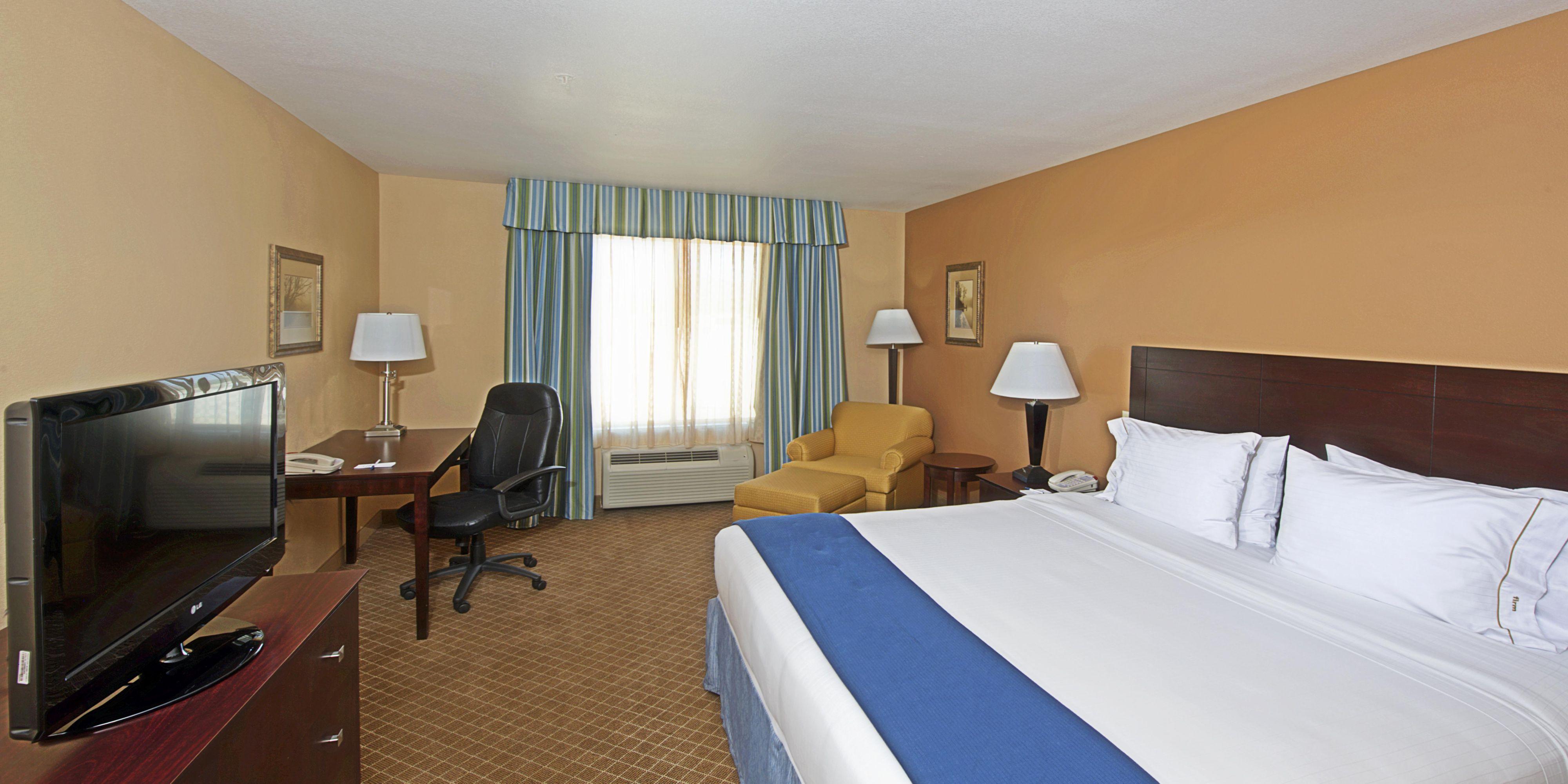 Tucson hotel suite 2018 world 39 s best hotels for 2 bedroom suite hotels in tucson az