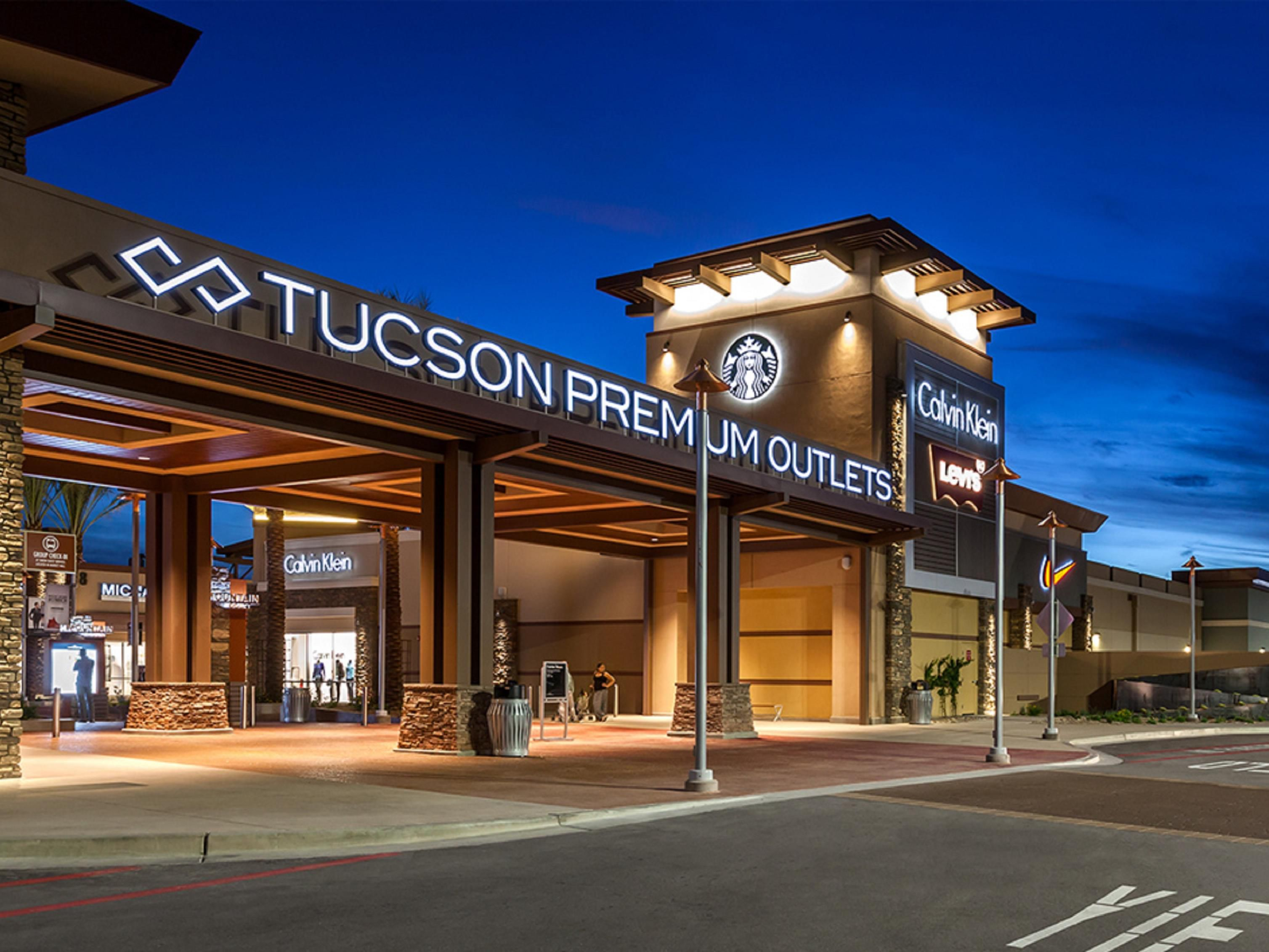 Tucson Premium Outlets located across the street from hotel
