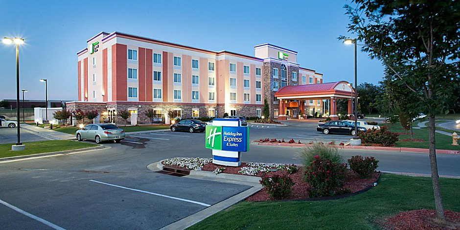 Holiday Inn Express & Suites Tulsa South Bixby Hotel by IHG