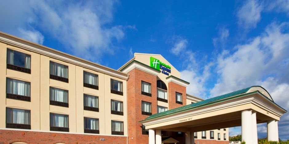 holiday inn express & suites detroit - utica hotelihg