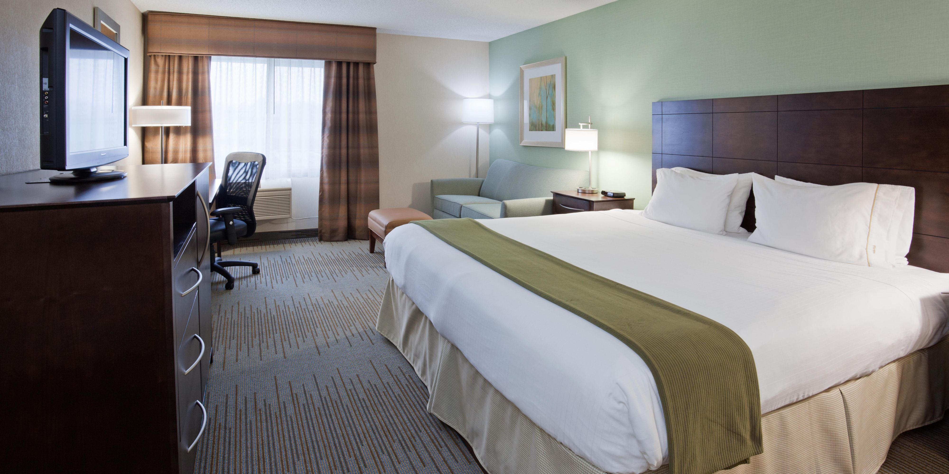 Holiday Inn Express & Suites St Paul Ne Vadnais Heights Hotel by IHG