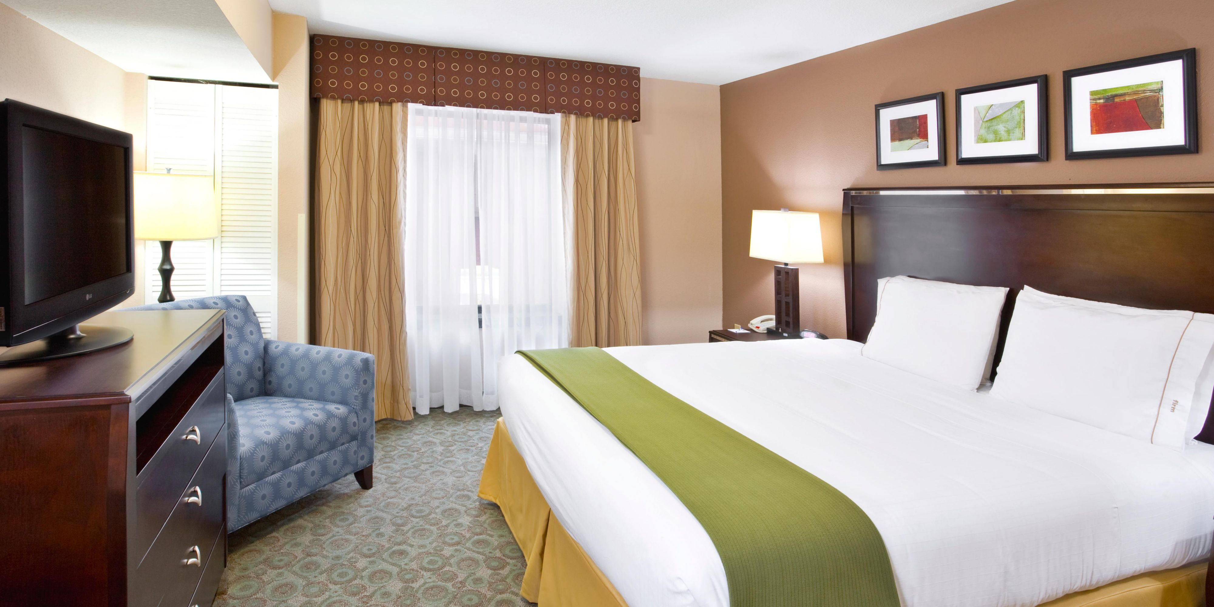Holiday Inn Express And Suites Van Wert 2532171329