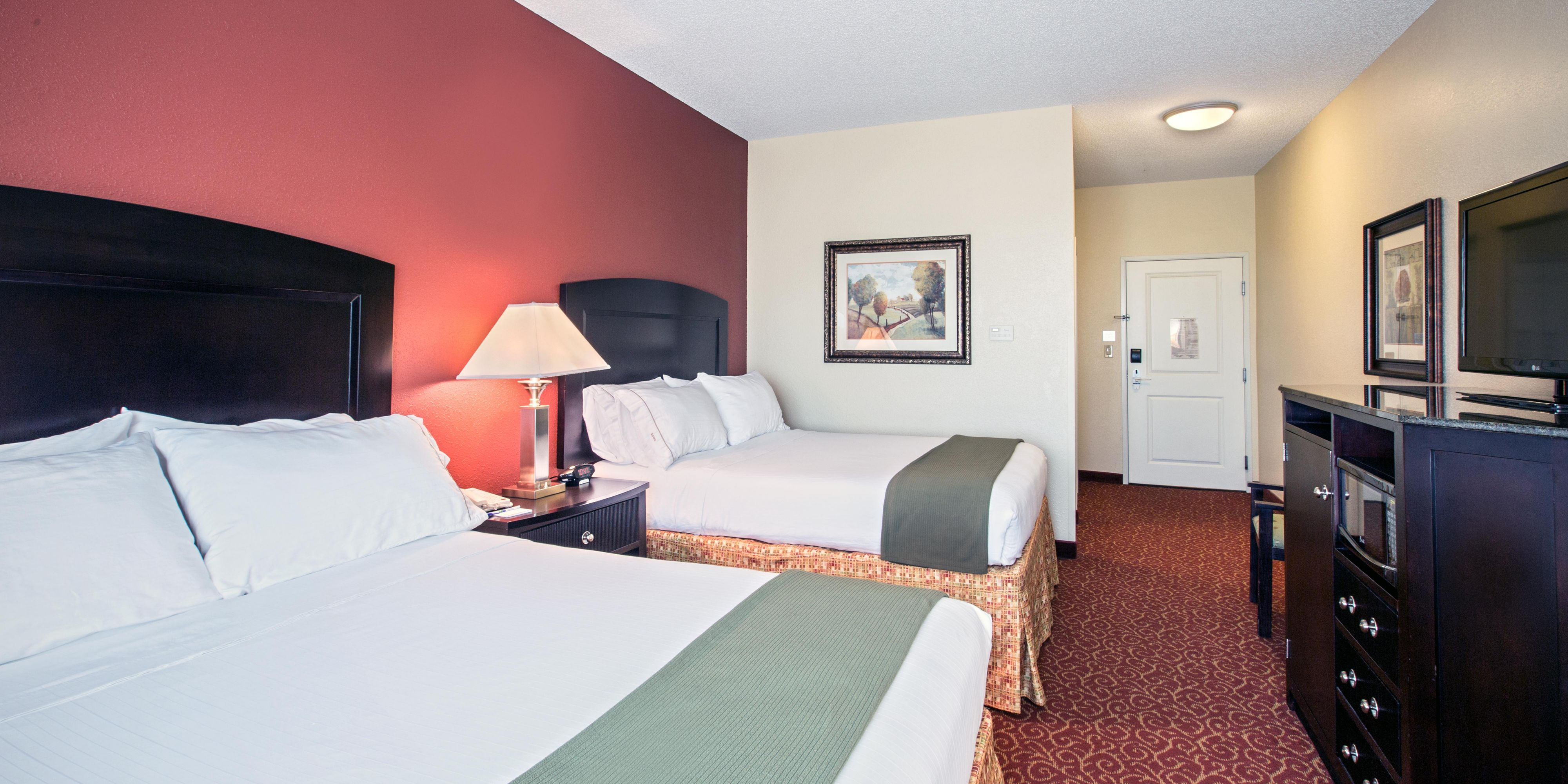 Holiday Inn Express And Suites Vandalia 3168770492 2x1