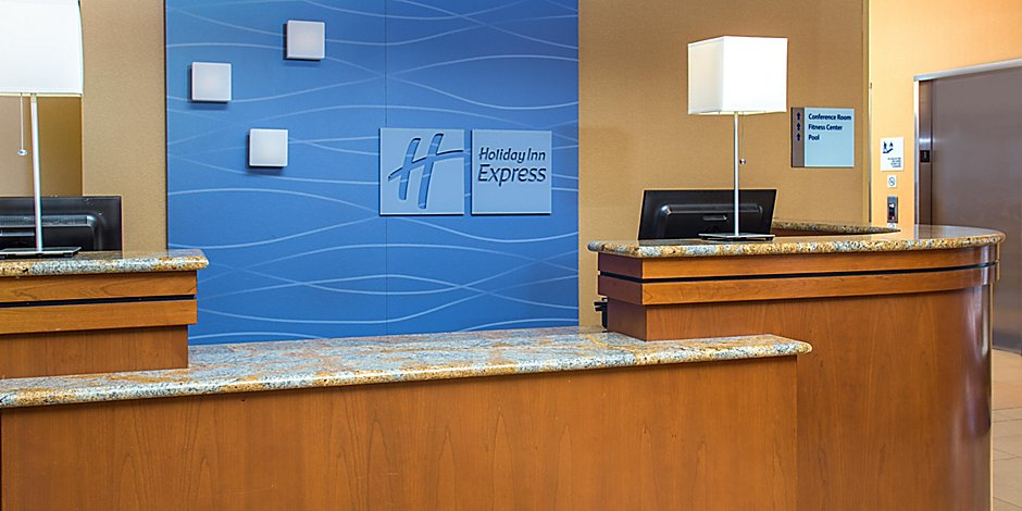 Pleasing Virginia Beach Oceanfront Hotels Holiday Inn Express Cjindustries Chair Design For Home Cjindustriesco