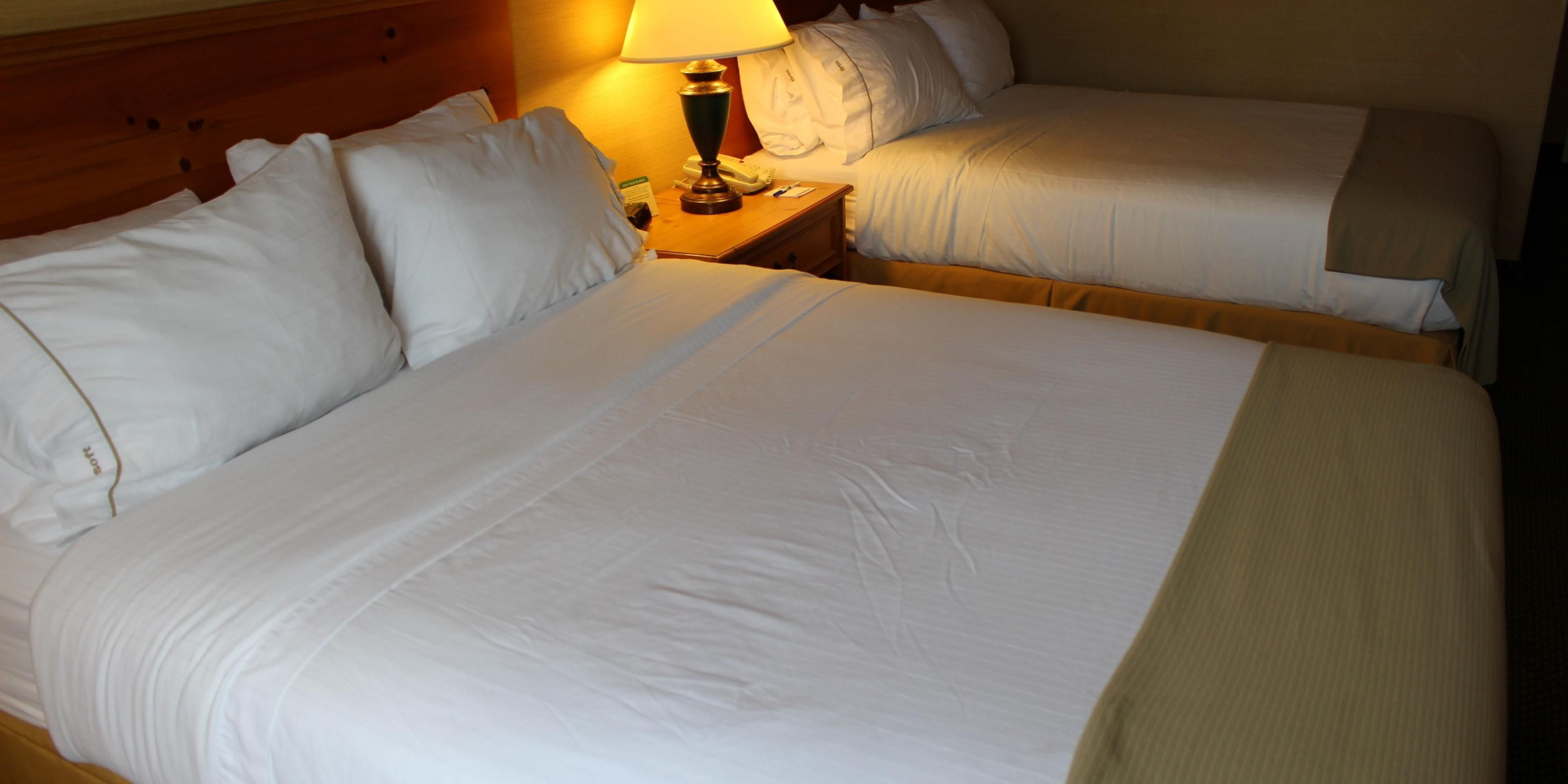 Holiday Inn Express & Suites Warrenton Hotel by IHG
